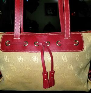 Dooney & Burke, Michael Kors, Marc Jacob's and other top designers handbags, shoes, clothing, sunglasses and wallets for Sale in Anaheim, CA