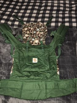 Organic Ergo 360 Baby Carrier for Sale in Fresno,  CA
