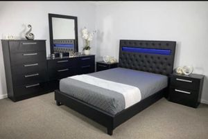BEDROOM SET BLACK WITH LED LIGHS AND REMOTE CONTROL for Sale in Hialeah, FL