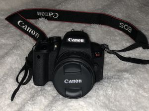Canon camera bundle for Sale in Los Angeles, CA