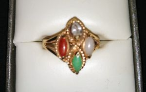 Ring size 7 10k Gold Jade for Sale in Lakeland, FL