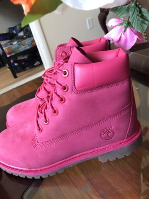 Pink Timberland Boots ( Pink Timbs) for Sale in Atlanta, GA