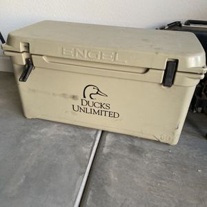 Engel Cooler for Sale in Gilbert, AZ