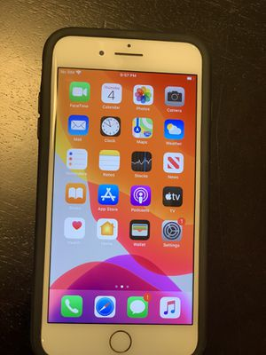 iPhone 7 Plus 128 GB unlocked for Sale in Rockville, MD