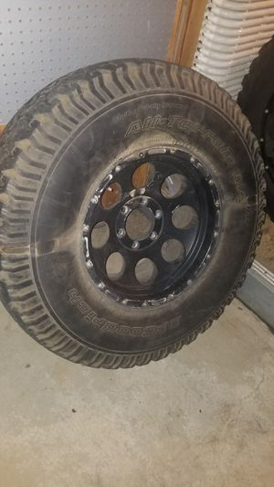37x12.50r17. 6 on 5.5 for Sale in Valley Center, CA