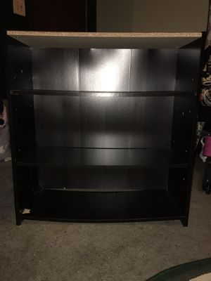 Small book shelf for Sale in Bakersfield, CA