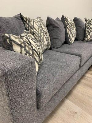 Dora sectional sofa steel for Sale in Houston, TX