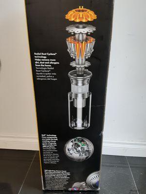 Dyson Vacuum 350 brand new n da box for Sale in Downey, CA