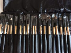 Professional Natural Makeup Brushes-24 Brushes in Black (Brand New) for Sale in Tampa, FL