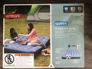 Air Mattress Queen size with pump - single height for Sale in Phoenix, AZ