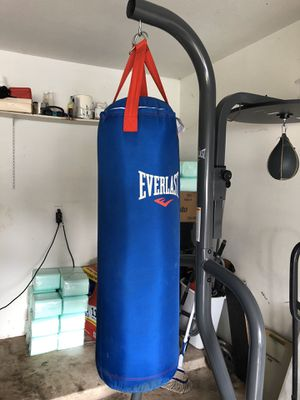 Boxing bag machine with speed bag for Sale in Houston, TX