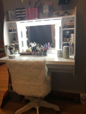 Vanity and chair. !!!Moving Sale!!! for Sale in Chicago, IL