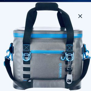SUPERL KEEN Premium Jumbo Leak-Proof Tote Cooler Bag 36 cans Brand New with Tag . for Sale in Miami, FL