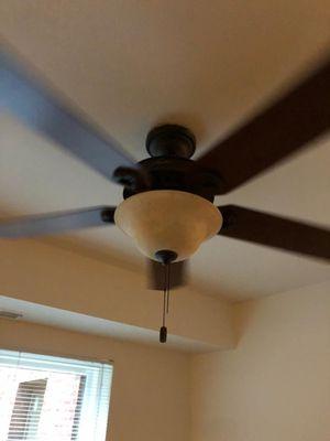 Ventilador usado for Sale in FAIRMOUNT HGT, MD