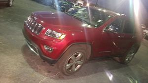 2015 jeep Cherokee red for Sale in Nicholasville, KY