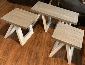 End tables & coffee table for Sale in Highland City, FL