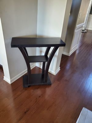 Entrance table for Sale in Smyrna, TN