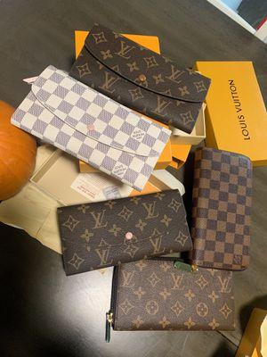 Louis Vuitton Wallet for Sale in Villa Park, CA