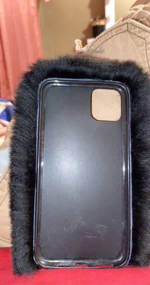 Furry iPhone 11pro Max case for Sale in Bakersfield, CA