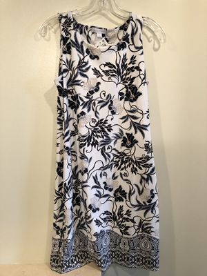 NWT CHARTER CLUB Career Summer Dress White Blue Floral Print Sleeveless Size Petite Medium. Condition is New with tags. Wash and wear, polyester. Smo for Sale in Washington, DC