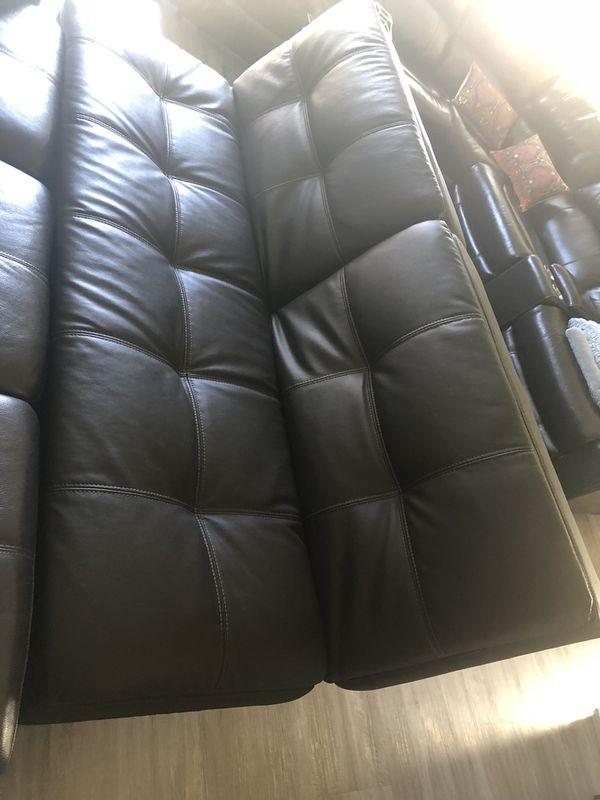 100% Leather Sofas & Futon