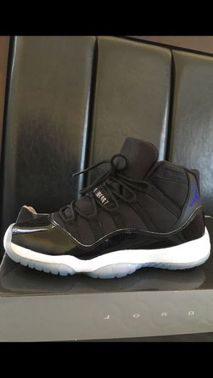 FRESH AIR JORDAN RETRO 11 ! SIZE 5Y for Sale in Hyattsville, MD