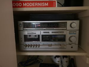 Vintage Stereo receiver/cassette recorder for Sale in Towson, MD