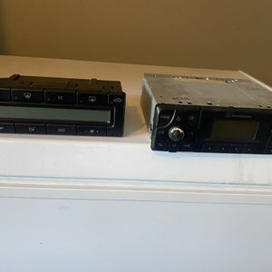 1990 To 2000 Mercedes C class W202 climate control unit and radio unit for Sale in Arcadia, CA