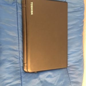 Laptop Widows 10 Toshiba for Sale in Henderson, NV