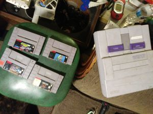 Super nintendo with games no cords for Sale in Denver, CO