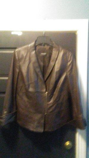 Black Dress Berlin for Sale in Beech Grove, IN