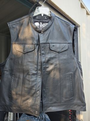 Motorcycle leather vest black brand for Sale in Los Angeles, CA