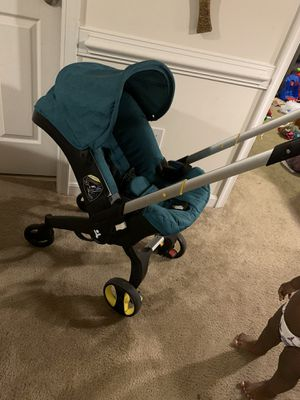Car seat/stroller for Sale in Hagerstown, MD