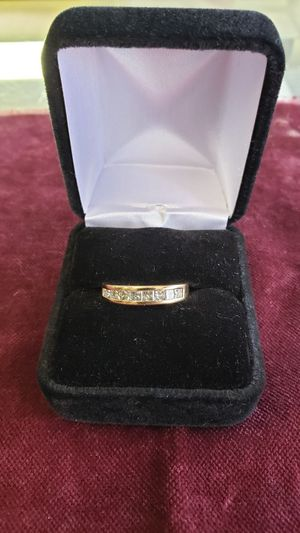 Mens Ring 14k Wedding Band with Diamonds for Sale in Austin, TX