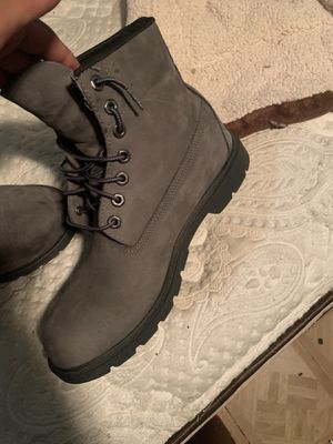 Grey timberlands sz10 for Sale in Los Angeles, CA