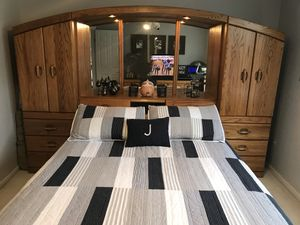 Solid Oak Queen Bedroom Set for Sale in Library, PA