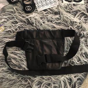 Makeup Hair stylist /artist waist bag for Sale in Cherry Hill, NJ