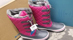 Girls snow boots size 2 for Sale in Rancho Cordova, CA