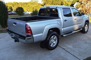 For sale 2005 Toyota Tacoma 4WDWheels Clean Carfax for Sale in Sioux Falls, SD