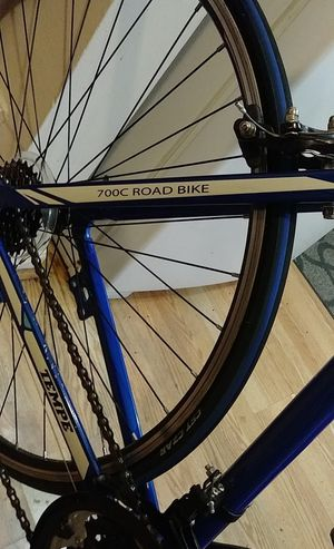 road bike for Sale in Redford Charter Township, MI
