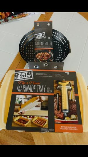 BBQ GRILL PAN OR MARINADE TRAY for Sale in Hayward, CA