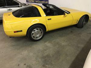 1995 Chevy Corvette C4 Yellow Rare for Sale in Lake Bluff, IL