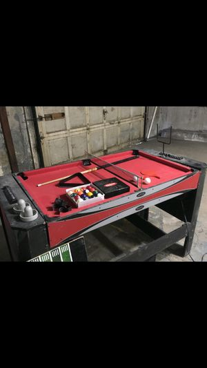 Pool/air hockey table for Sale in Norwich, CT