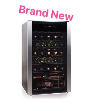 Wine Cooler Home Appliances Kitchen Refrigerator Vinera 34 Bottle Premium PWC346MS for Sale in Miami, FL