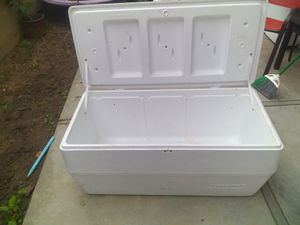 Large cooler for Sale in Costa Mesa, CA