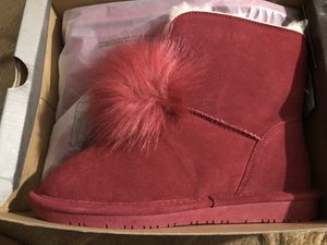 Bearpaw water resistant boots for Sale in Las Vegas, NV