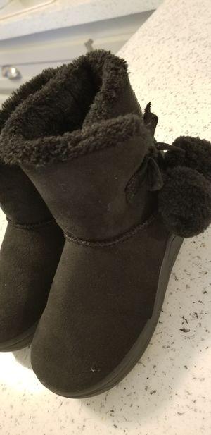 Black warm toddler girl boots sz 9 for Sale in Dunedin, FL