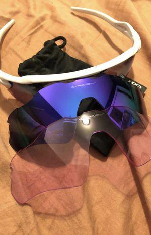 Oakley Radar EV Unisex Sunglasses with 3 lenses for Sale in Putnam, CT