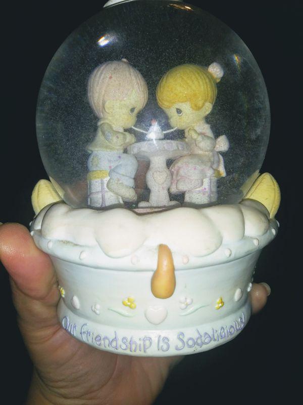 Precious moments, glass globe.