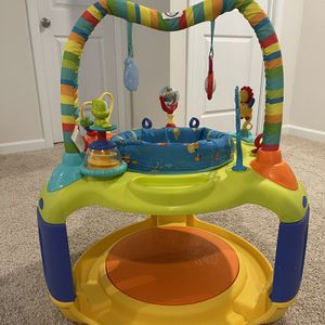 Baby Exersaucer for Sale in Simpsonville, SC